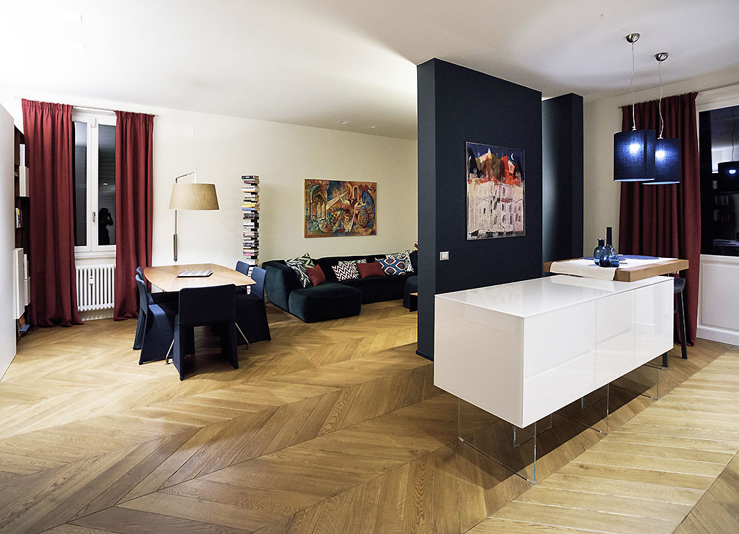 001-archimedebozzo-pavimenti-in-legno-parquet-spina-quercia-spazzolata-bisellata-21