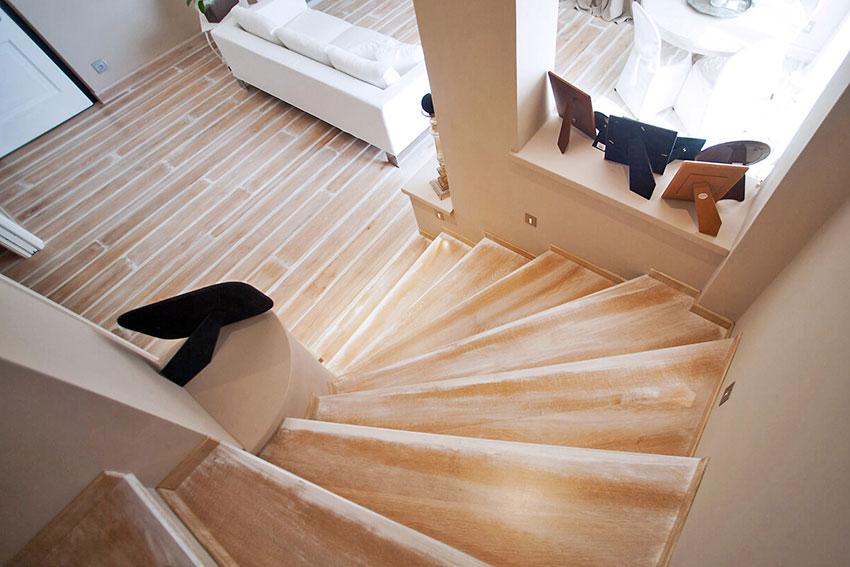 002-archimedebozzo-pavimenti-in-legno-parquet-quercia-bottata-095