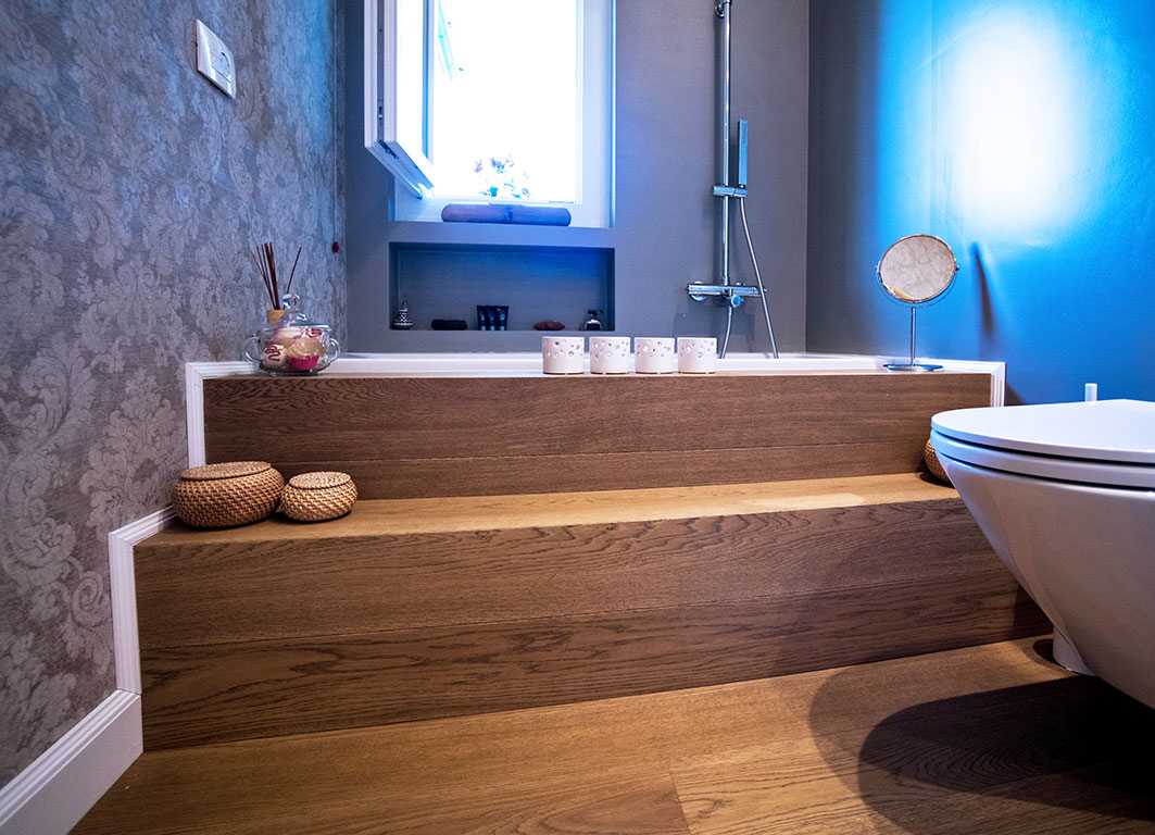 008-archimedebozzo-pavimenti-in-legno-parquet-quercia-spazzolata-venature-bagno-25