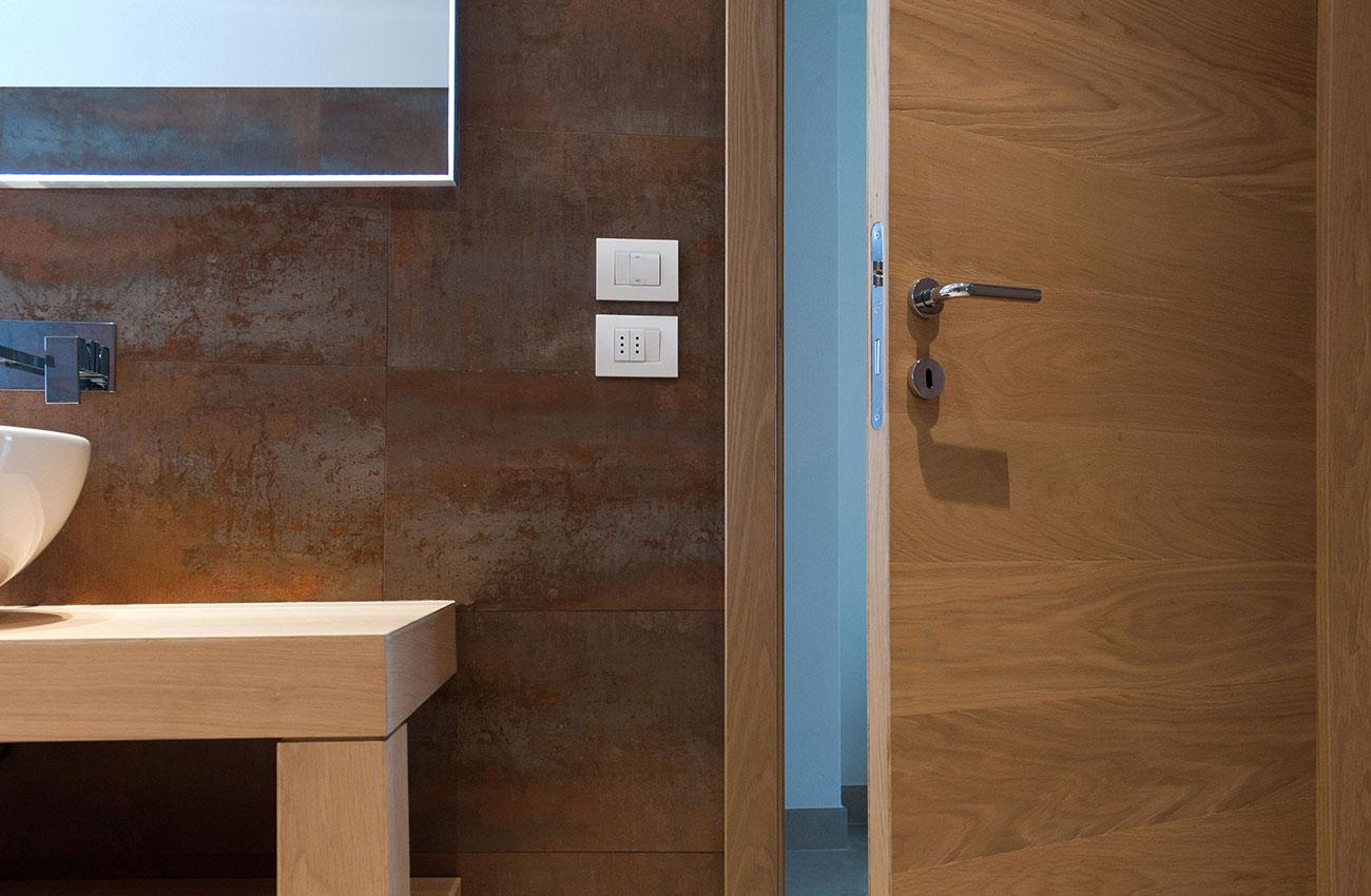 002-archimedebozzo-pavimenti-in-legno-parquet-porta-quercia-maxi-doghe-regolari-044