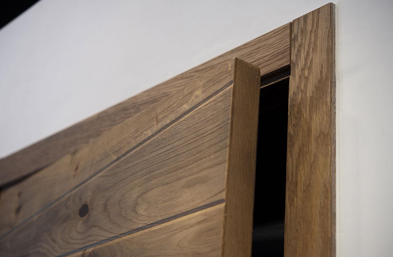 003-archimedebozzo-pavimenti-in-legno-porta-quercia-bisellata-doghe-irregolari-084